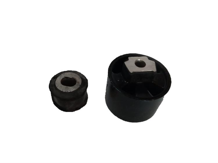 Autopartes - Pioneer - Soportes para motor - 600017